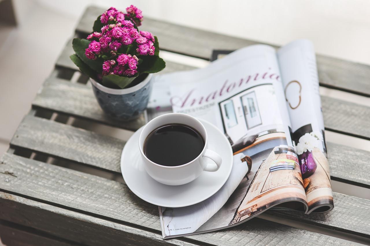 Revistas y café